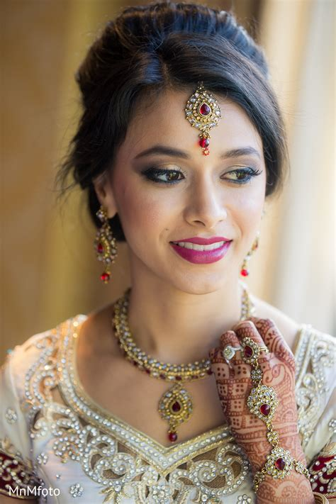 Wedding Hair And Makeup Dallas by Wedding Makeup Artist Dallas Saubhaya Makeup