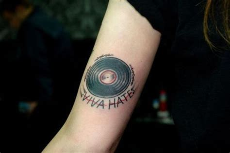 vinyl record tattoo 25 best ideas about aperture on