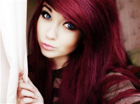 imagenes de tintes con rayos de color rojo tendencias de cabello rojo cereza para tener el mejor tono
