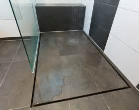 dusche gefliest geflieste duschen