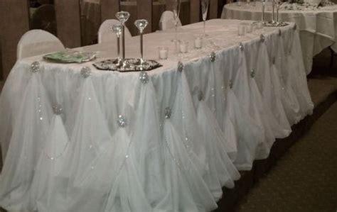 "diy broach gathered table skirt | ""i do"" diys.com"