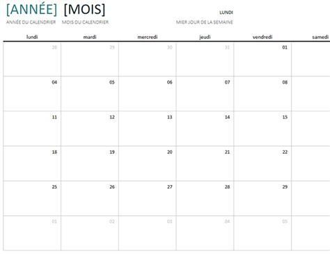 format excel jour de la semaine calendrier annuel par mois office templates