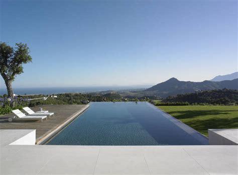 moderne häuser mit pool casa en andaluc 237 a mclean quinlan tecno haus