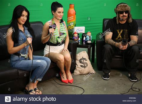 cypress hill dr greenthumb mp the howe twins carla howe and melissa howe visit the dr