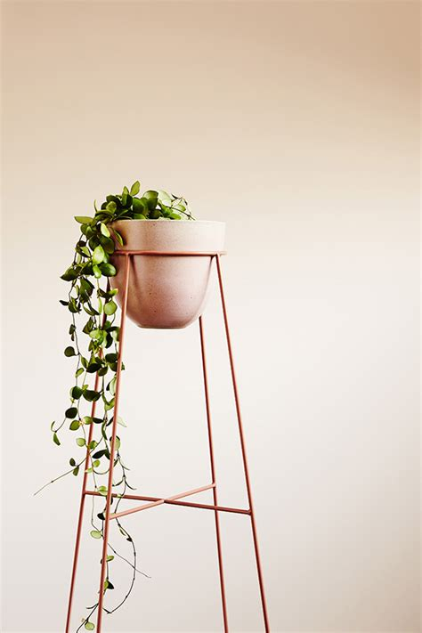Metal Plant Stand by How To Make Your Plants Happy Apartment34