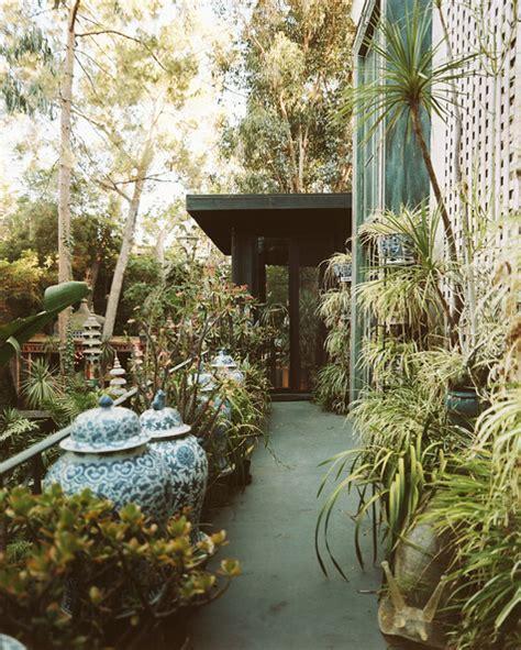 Eclectic Garden Decor by Eclectic Garden Design Lini Home Decoration Ideas