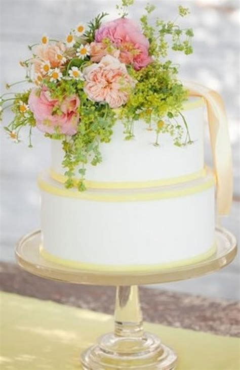 flower wedding cake topper wedding cakes with flowers 796743 weddbook