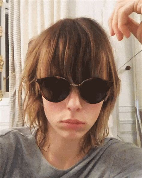 bangs on girls with sunglasses サングラスやメガネに微妙にかぶる前髪 あなたは出す派 それともしまう派 beauty ビューティ