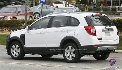 5497 Fan Chevrolet Captiva 2 0 spied facelifted 2 2 liter chevrolet captiva diesel indian autos