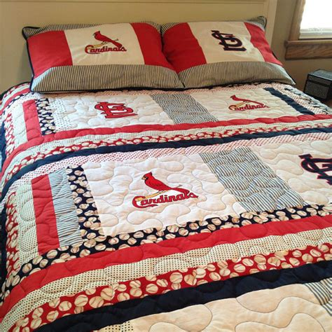 Quilts With Matching Shams St Louis Cardinals Size Quilt With Matching Pillow Shams