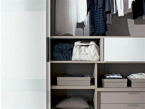 armadio fimar armadio laccato con ante scorrevoli con tv integrata