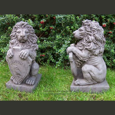 Large Concrete Planter Large Welcome Lion Statue Pair Onefold Uk