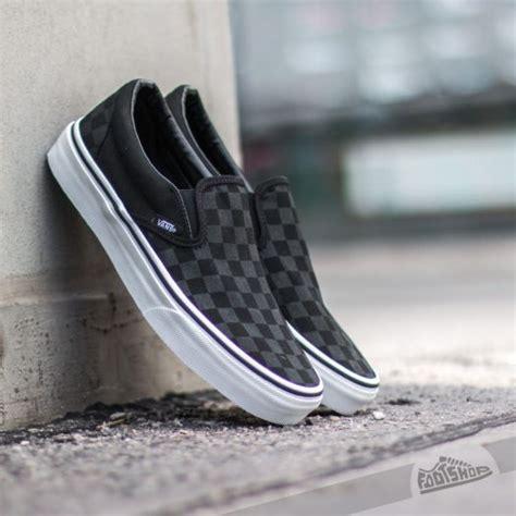Vans Slip On Checkboard White Black Vans Classic Slip On Checkerboard Black Footshop