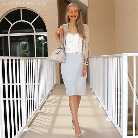 (Video) Classic Fashion Over 40/50: Ann Taylor Marled Pencil Skirt, Banana Republic Cardigan