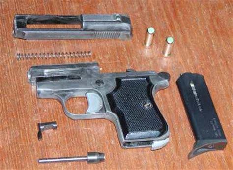 comprare armi senza porto d armi armarsi pistola scacciacani