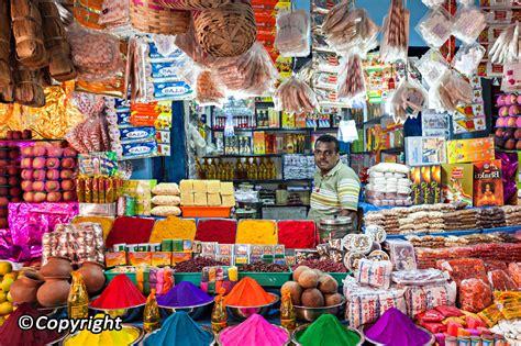 Buy India mumbai shopping where to shop and what to buy in mumbai