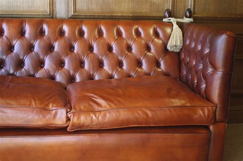 leather knole sofa buttoned leather knole sofa leather chairs of bath