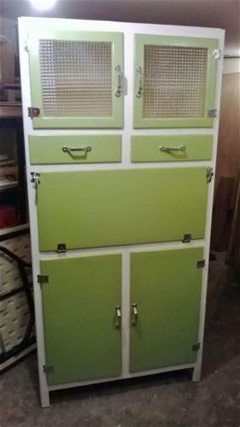Antique Larder Cupboard - 17 best images about kitchen larder pantry on