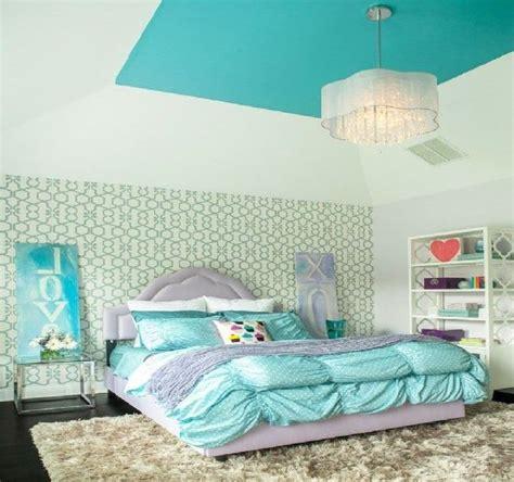 teenage girl bedroom chandeliers best 25 girls bedroom chandelier ideas on pinterest