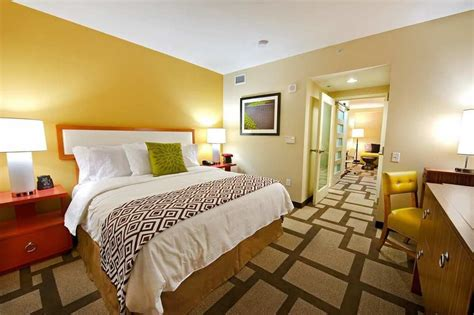 Rooms In Houston by Embassy Suites Houston Downtown Reviews Photos Rates