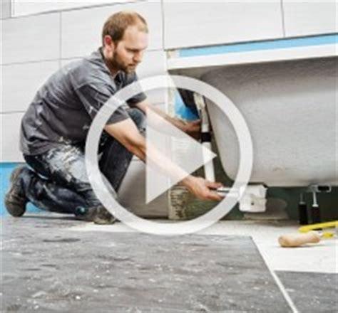waschmaschinenanschluss badewanne badewanne einbauen mit wannentr 228 ger anleitung der