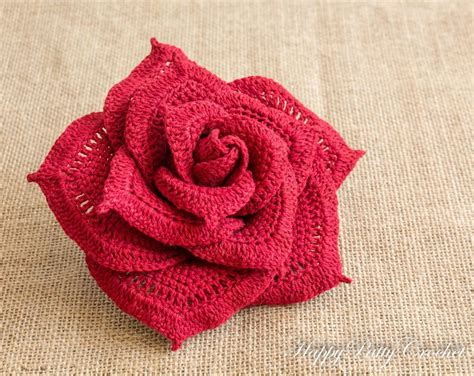 free pattern rose crochet crocheted roses pattern cake ideas and designs