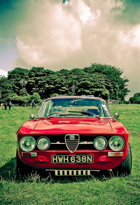 classic alfa romeo wallpaper iphone 6 alfa romeo best car new wallpapers hd iphone