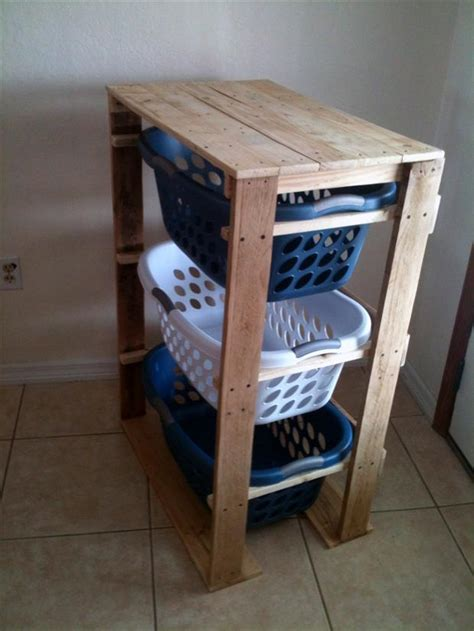 Laundry Basket Dresser For Sale by Amazing Uses For Pallets 18 Pics