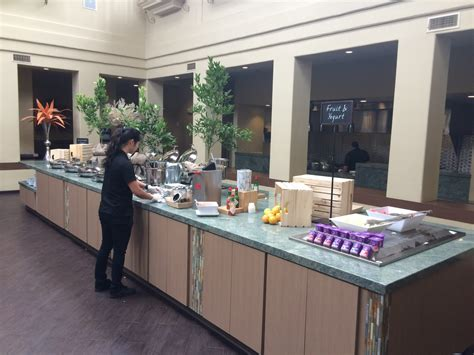 embassy suites breakfast buffet hotel review embassy suites mandalay near santa