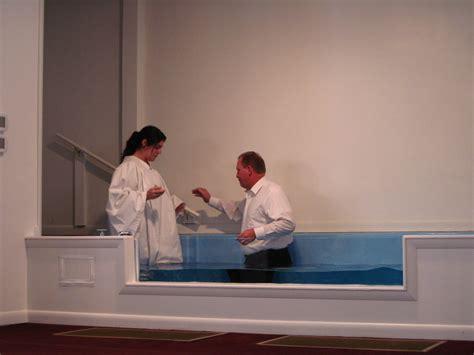 Ordinary Missionary Church #3: 1993601_orig.jpg