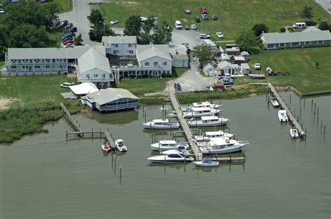 chesapeake house md chesapeake house marina in tilghman island md united