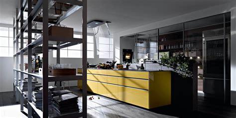 cucina madrid artematica vitrum giallo terra 4 valcucine madrid