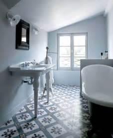 les carreaux de ciment subliment la d 233 co de la salle de bain