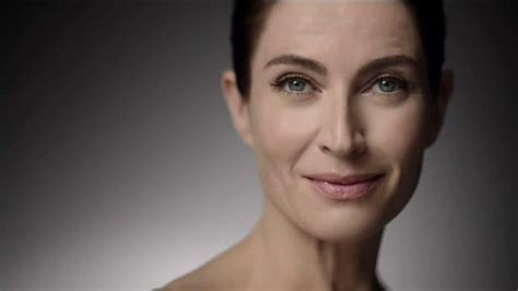 phillips commercial actress dies roc retinol correxion deep wrinkle night cream tv
