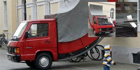 Mobil Polisi Mvp Merah kocak polisi tilang patung mobil co id