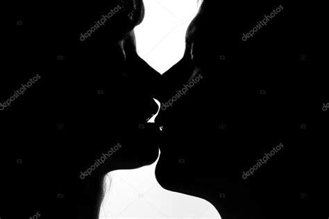 imagenes blanco y negro siluetas blanco y negro siluetas de las parejas de enamorados