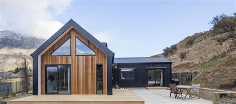 Little Black Barn House Cedar Cladding Black Cladding Barn House Designs Nz