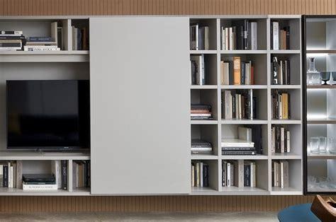 soggiorno tv soggiorno porta tv con anta scorrevole