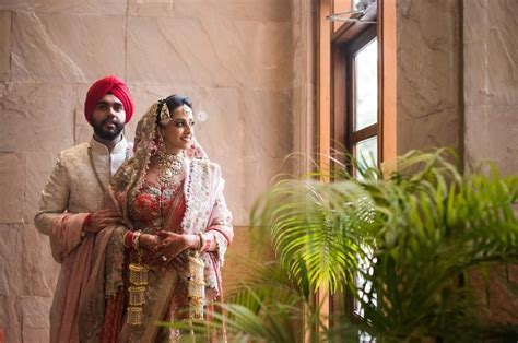 Top 10 Best Wedding Photographers in Delhi   by Wedding