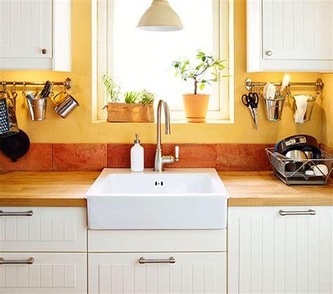 ikea spoelbak keuken ikea spoelbak en kranen met aan weerszijden