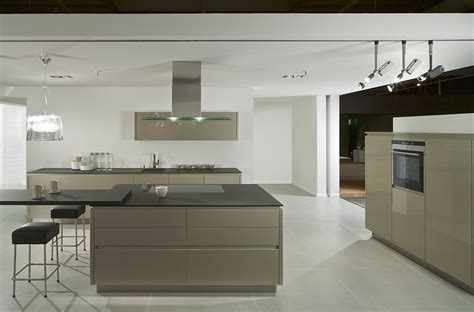 Kitchen Island Units by Grifflose K 252 Che Yline Glanzcubanit