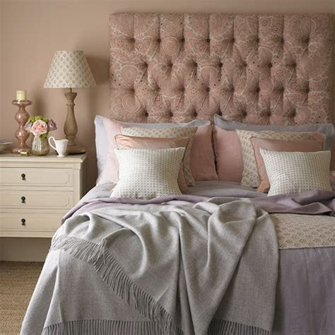 rose bedroom rose and quartz bedroom decorating with country colours