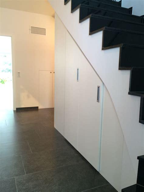 Kleiderschrank Unter Treppe by Massm 246 Bel M 246 Bel Nach Auf Mass Chemnitz G 252 Nstige Preise