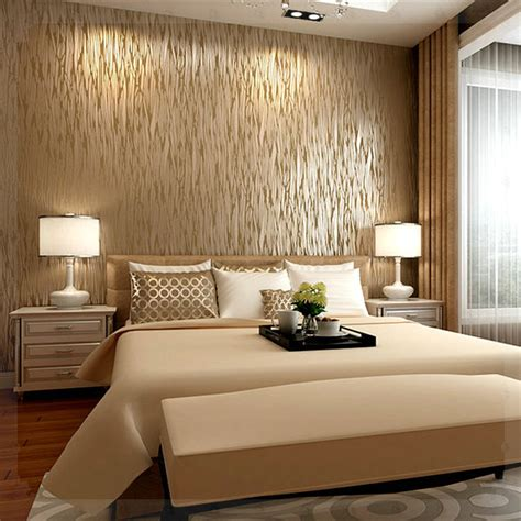 Metallic Bedroom Wallpaper by Metallic Wallpaper For Dimension And Shimmer