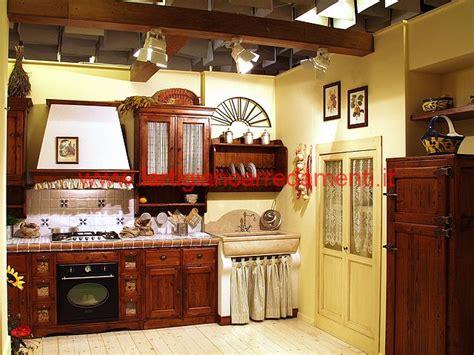 cucine piccole in muratura emejing piccole cucine in muratura rustiche ideas ideas