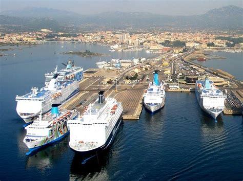 genova porto torres low cost traghetti sardegna sicilia corsica elba offerte low cost