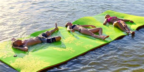 floating mats for boats the best floating water mats smart boat buyer
