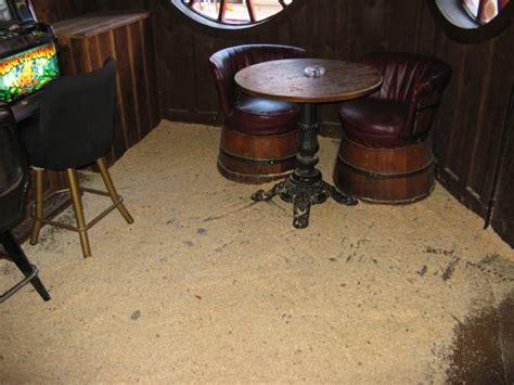 Sawdust On The Floor by 20070702 Granneman