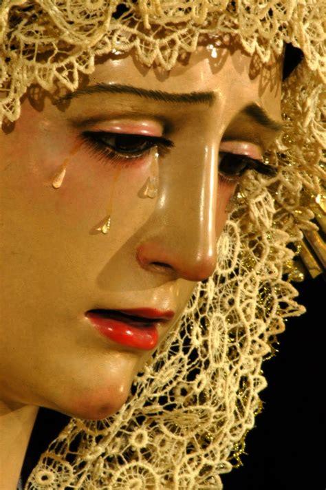 imagenes virgen llorando virgen maria reflejo de la belleza de dios virgen