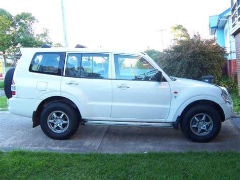 mitsubishi bega 2002 used mitsubishi pajero glx commonwealth wagon